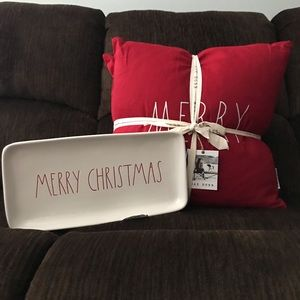 ✨Rae Dunn Christmas pillows  And plate
